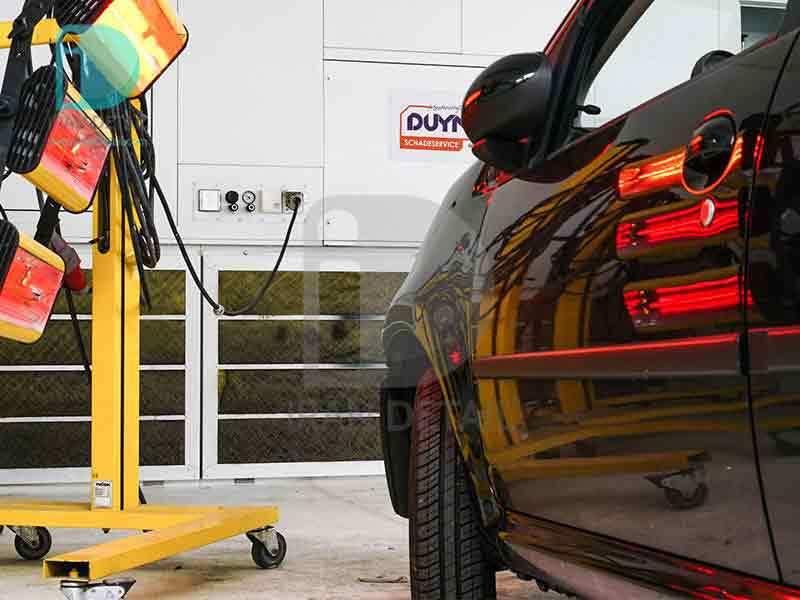 دستگاه خشک کن رنگ بدنه خودرو مادون قرمز سه پنل مدل Hornet Infrared Paint Drying Lamps -